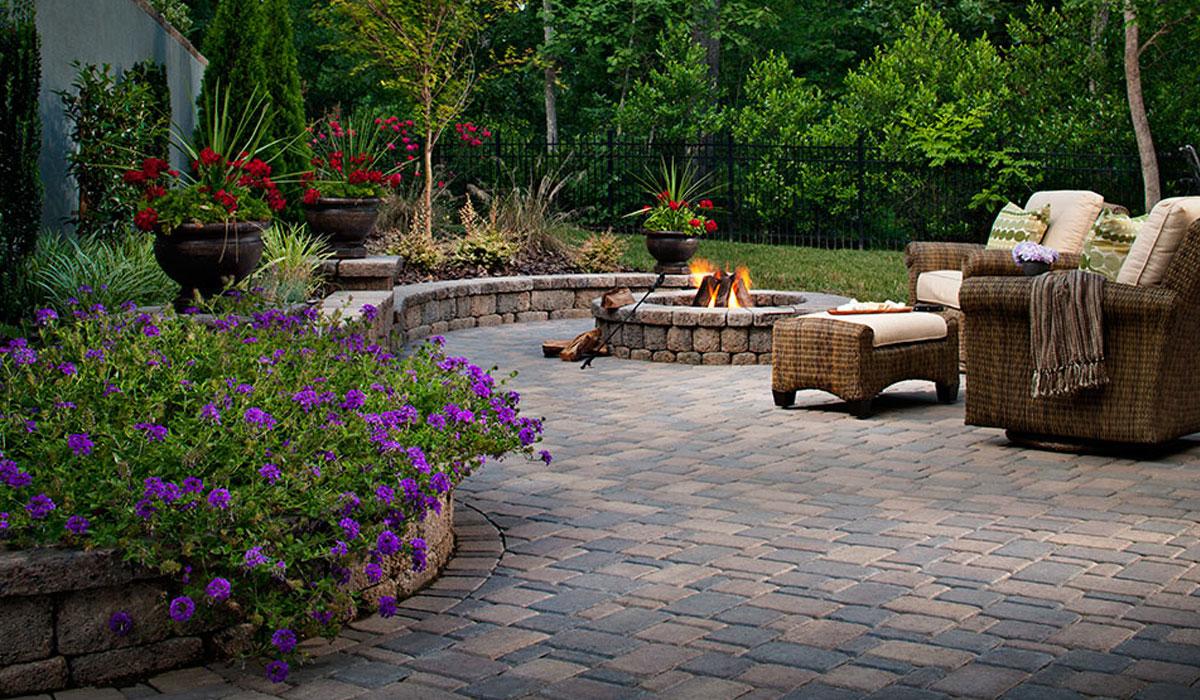 Firepit   Patio U0026 Wrap Around Landscape Wall